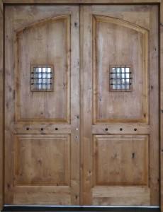 vhodna-vrata-starinna